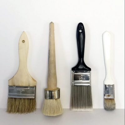 The Best Paint Brush for Chalk Paint: A Chip Brush