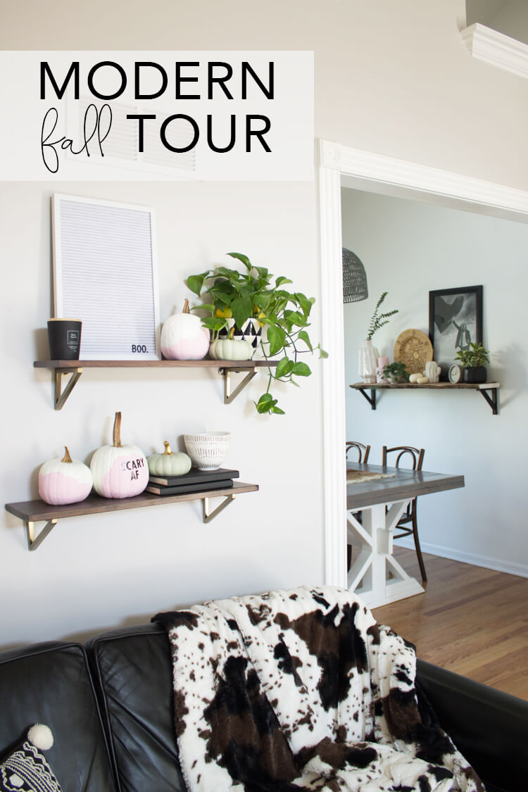 Modern Fall Home Tour 2017: KC home decorated for fall. How to use pink for fall.